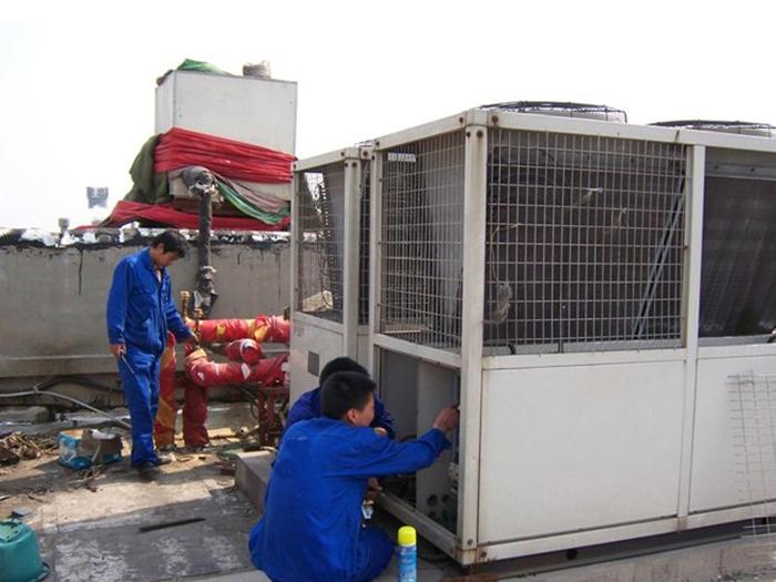 中央空调模块机维修